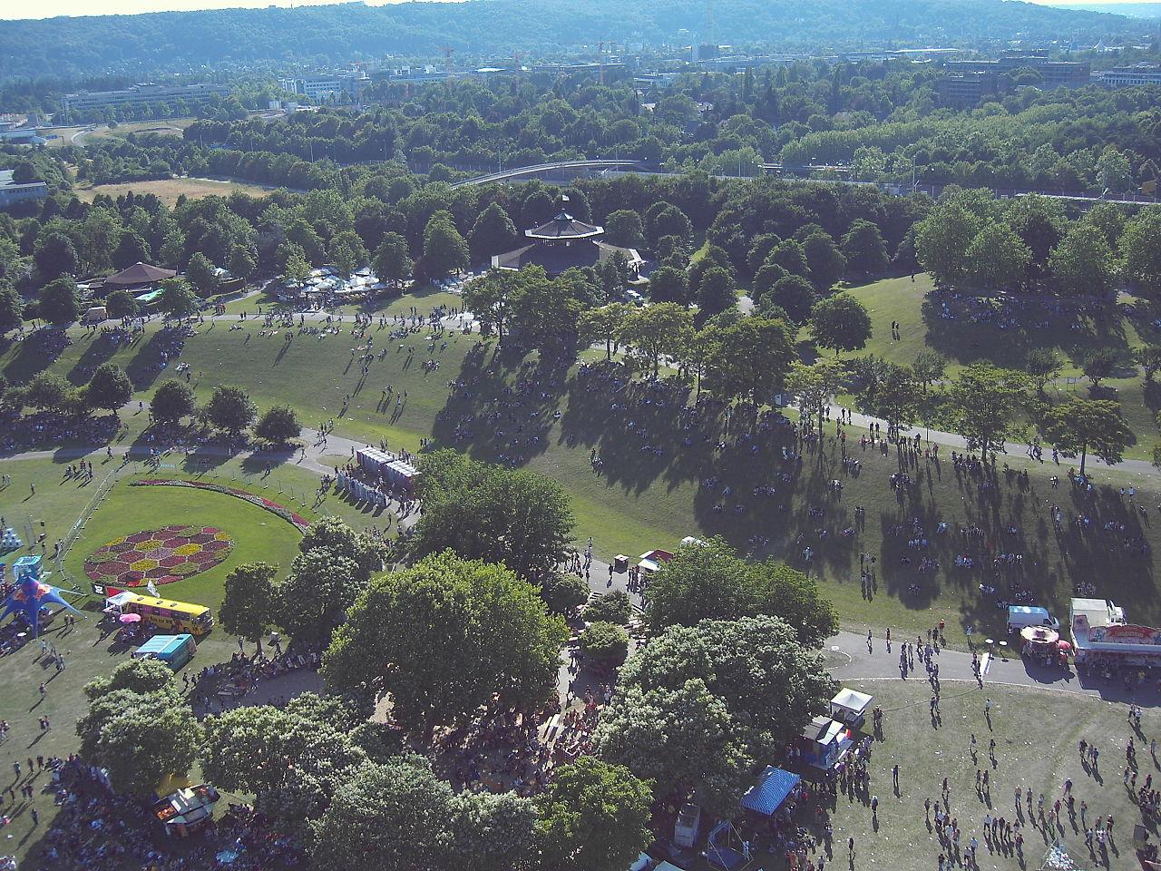 1280px-Bonn_Rheinaue_aerial_view2